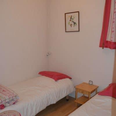 Location Barcelonnette : La petite chambre en bas
